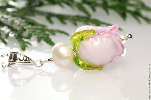 серебряный кулон с жемчугом, кулон лэмпворк роза лэмпворк натуральный жемчуг кулон с цепочкой серебро 925 пробы настоящее серебро подарок купить подарок жене купить подарок юбилей подарок на день рожд