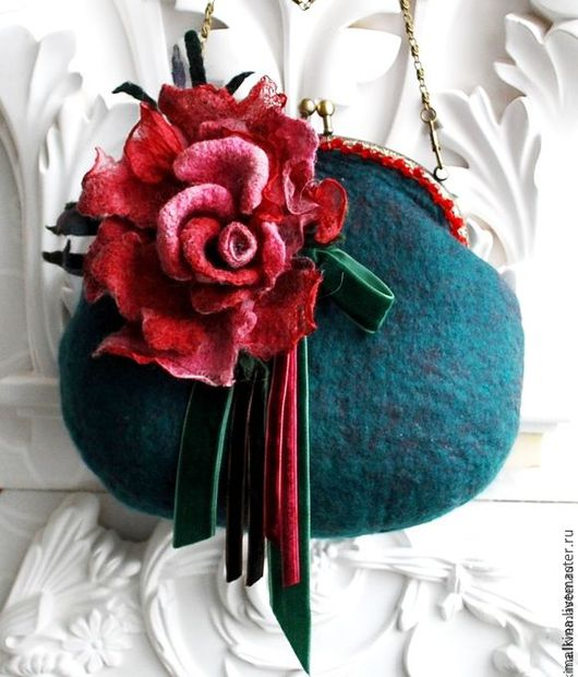 Женские сумки ручной работы. Ярмарка Мастеров - ручная работа. Купить Валяная сумочка с большой розой. Handmade. Тёмно-зелёный