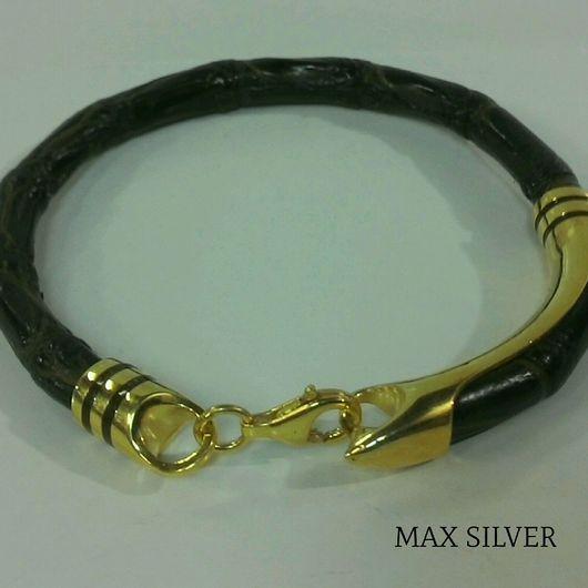 Браслеты ручной работы. Ярмарка Мастеров - ручная работа. Купить Мужской браслет из кожи крокодила и серебра 925 пробы(MAX SILVER). Handmade.