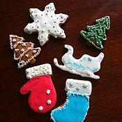 Подарки к праздникам ручной работы. Ярмарка Мастеров - ручная работа пряничные елочные украшения цветные. Handmade.