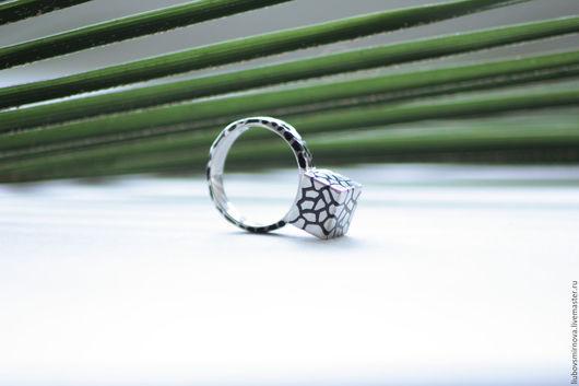 Кольца ручной работы. Ярмарка Мастеров - ручная работа. Купить серебряное кольцо куб. Handmade. Чёрно-белый, серебро