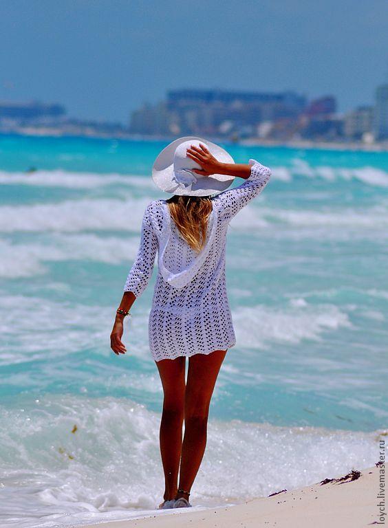Вязаная туника для пляжа