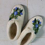 Обувь ручной работы. Ярмарка Мастеров - ручная работа Расшитые тапочки Милые цветы, подшитые. Handmade.