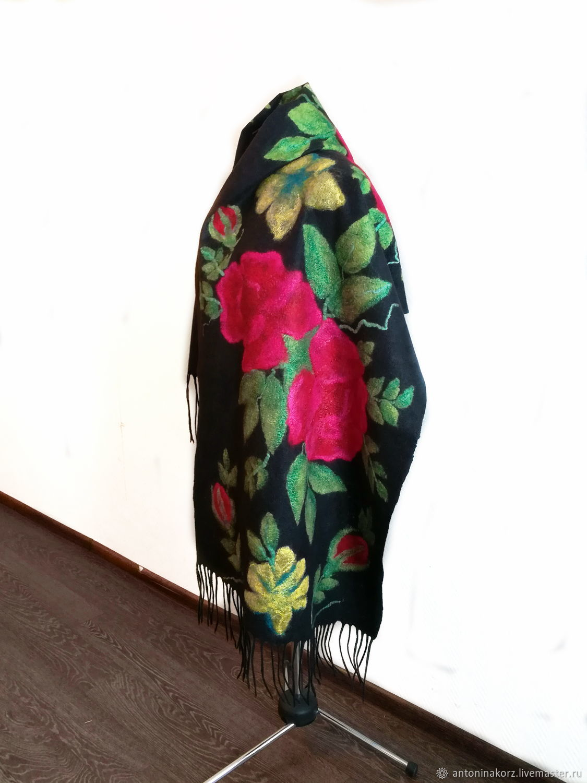 Black large felted stole Bulgarian rose, Wraps, Shahty,  Фото №1