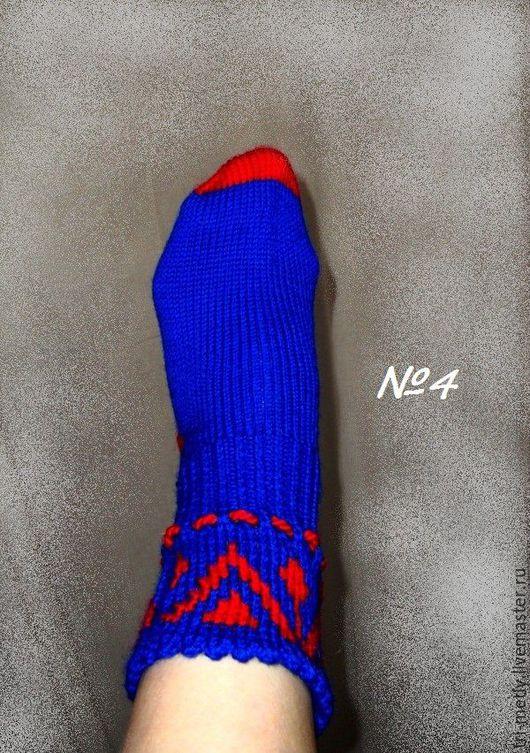 """Носки, Чулки ручной работы. Ярмарка Мастеров - ручная работа. Купить Носки ручной работы """"Красное на синем"""" №4, №5. Handmade."""