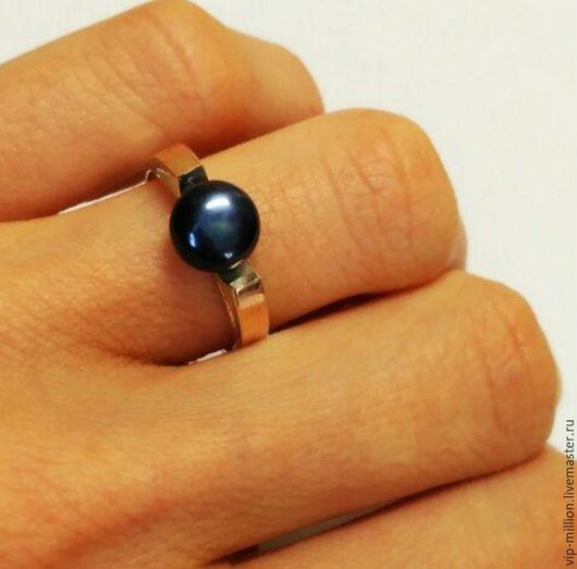 Кольца ручной работы. Ярмарка Мастеров - ручная работа. Купить серебряное кольцо с золотыми пластинами и нат. морским жемчугом. Handmade.