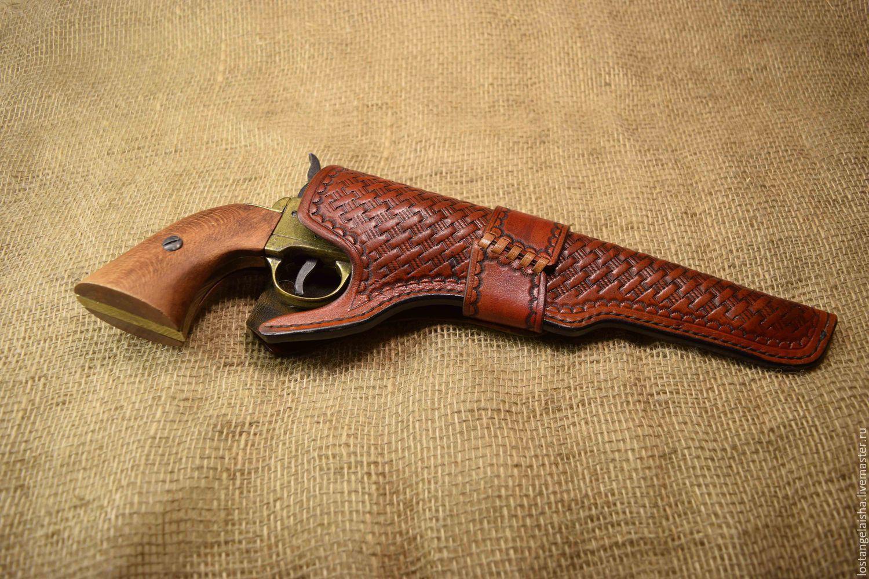 Кобуры для пистолетов и револьверов 77