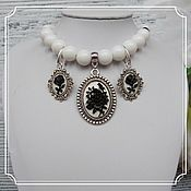 Субкультуры handmade. Livemaster - original item Agate jewelry set with cameos (necklace and earrings).. Handmade.