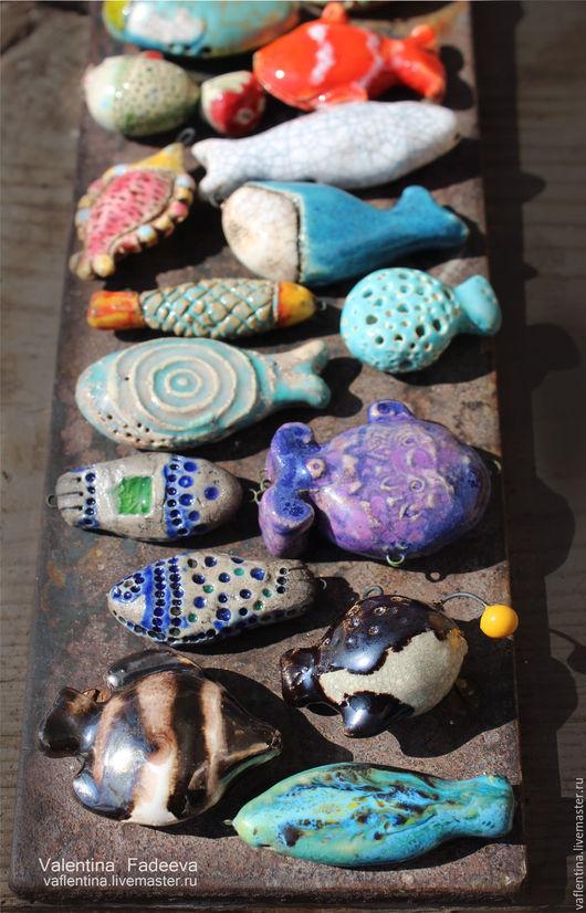Для украшений ручной работы. Ярмарка Мастеров - ручная работа. Купить Бусина рыбка цветная в ассортименте. Handmade. Комбинированный, глазури