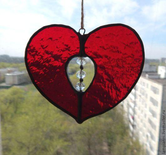 """Элементы интерьера ручной работы. Ярмарка Мастеров - ручная работа. Купить """"Сердце""""  витраж-подвес. Handmade. Стекло, ярко-красный"""