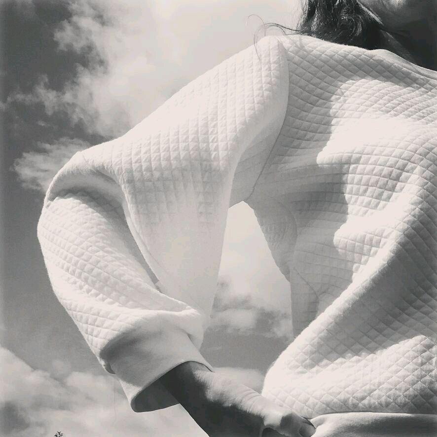 White sweatshirt, Sweaters, Permian,  Фото №1
