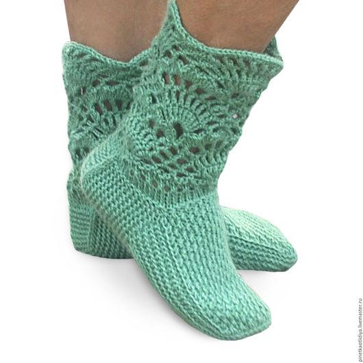 """Носки, Чулки ручной работы. Ярмарка Мастеров - ручная работа. Купить Вязаные носки женские """"Ажурные"""". Handmade. Зеленый"""