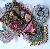 Украшения ручной работы. Ярмарка Мастеров - ручная работа Ганеша на прогулке: вышитый бисером кулон с натуральным камнем. Handmade.