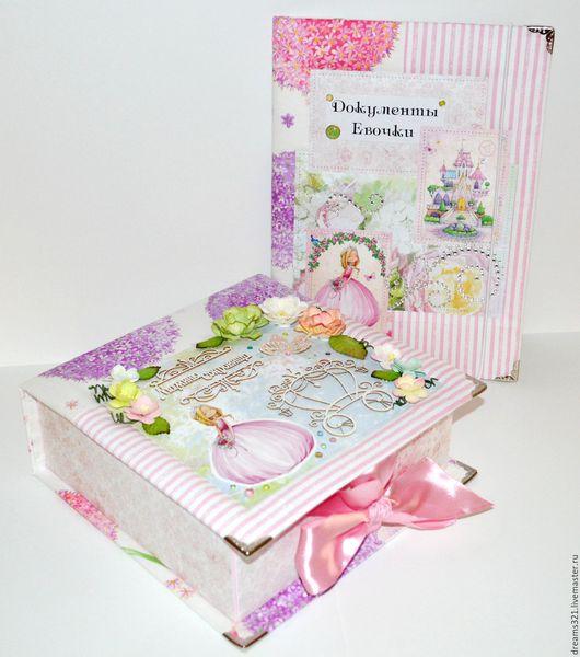 """Подарки для новорожденных, ручной работы. Ярмарка Мастеров - ручная работа. Купить Комплект для новорождённой""""Волшебная страна Принцессы"""". Handmade. Сиреневый"""
