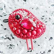 """Украшения ручной работы. Ярмарка Мастеров - ручная работа Красная брошь в виде птички с кораллом """"Red Bird"""". Handmade."""