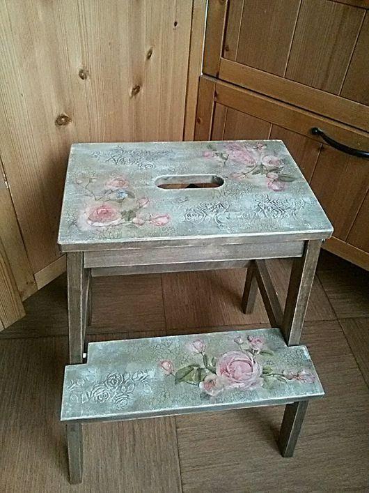 Мебель ручной работы. Ярмарка Мастеров - ручная работа. Купить Табурет стремянка Шебби розы. Handmade. Табурет стремянка купить