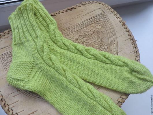 Носки, Чулки ручной работы. Ярмарка Мастеров - ручная работа. Купить Носки женские светло-зелёные. Handmade. Салатовый