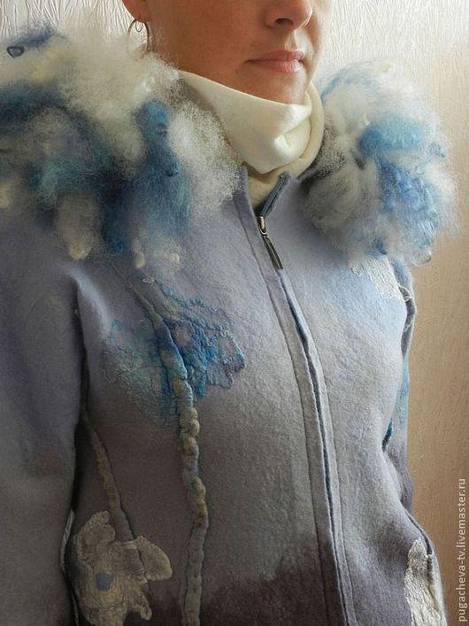 """Пиджаки, жакеты ручной работы. Ярмарка Мастеров - ручная работа. Купить Куртка  валяная """" Цветы на голубом"""". Handmade. Голубой"""