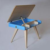Столы ручной работы. Ярмарка Мастеров - ручная работа Детский столик-парта из сосны. Handmade.