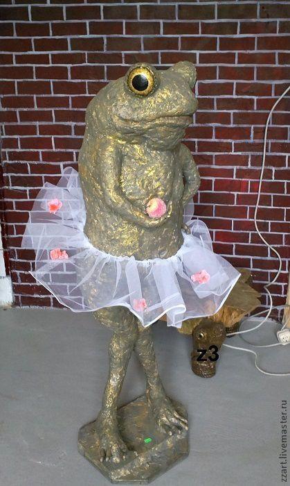 Дизайн интерьеров ручной работы. Ярмарка Мастеров - ручная работа. Купить большая интерьерная статуя Лягушка Ева. Handmade. Оливковый