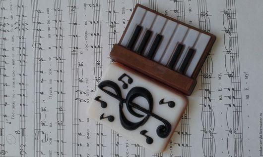 Персональные подарки ручной работы. Ярмарка Мастеров - ручная работа. Купить Подарок музыканту. Подарочный набор мыла.. Handmade.