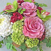 Цветы и флористика ручной работы. Ярмарка Мастеров - ручная работа Белые хризантемы с розами. Handmade.