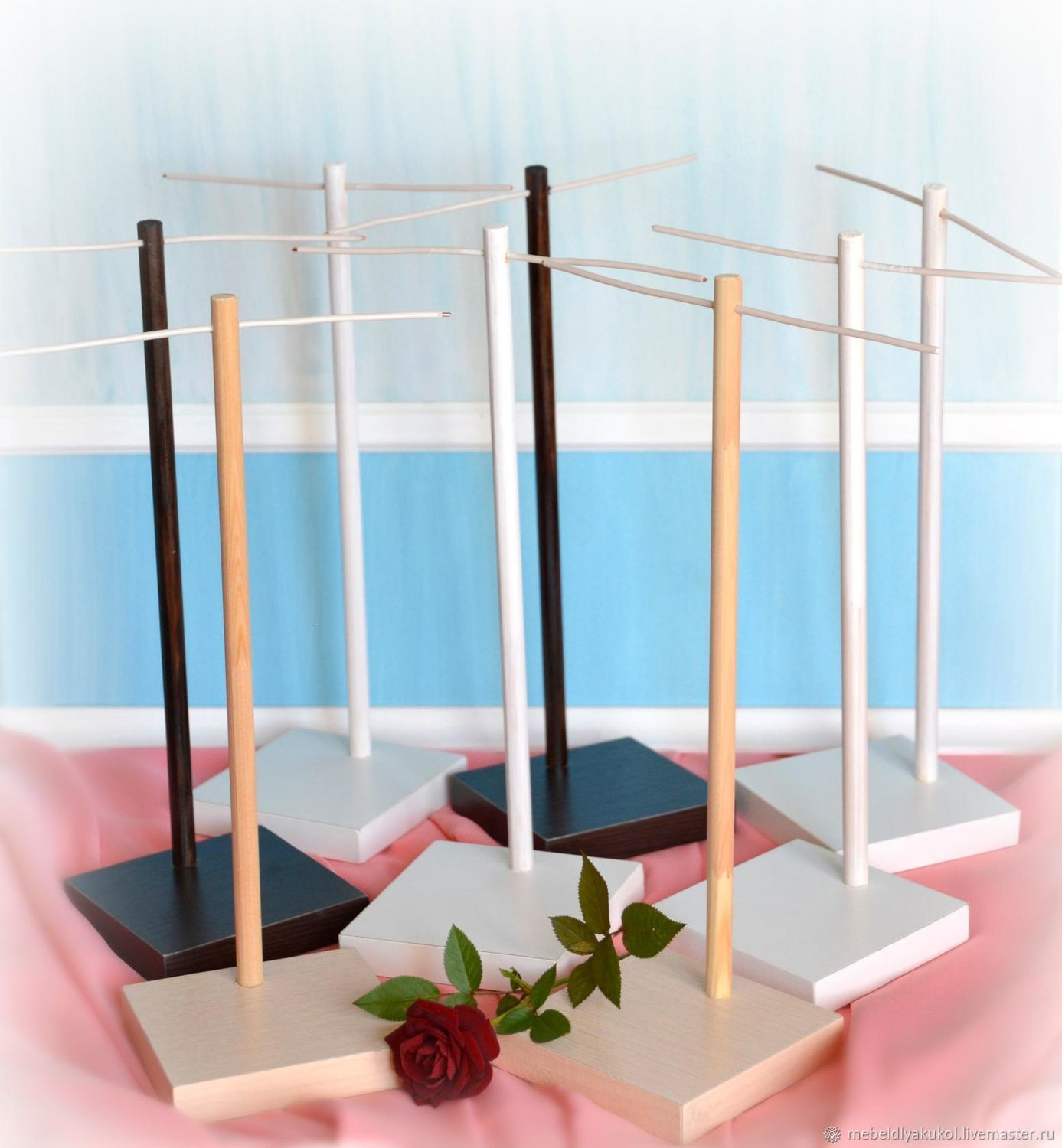 Doll stands with a square base made of chipboard, Stable and comfortable, 9,10,12,15 cm. color: natural, white, dark wenge