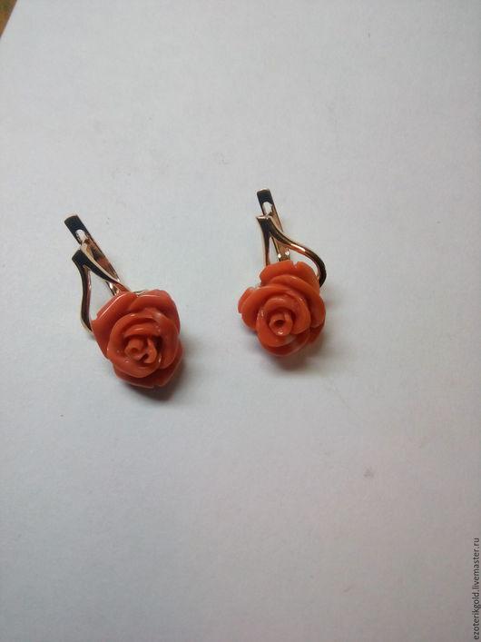 Серьги ручной работы. Ярмарка Мастеров - ручная работа. Купить Серьги с красными кораллами в форме роз. Handmade. Золотой, пусеты