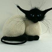 Куклы и игрушки ручной работы. Ярмарка Мастеров - ручная работа Кот из серии признаки кошкости. Handmade.