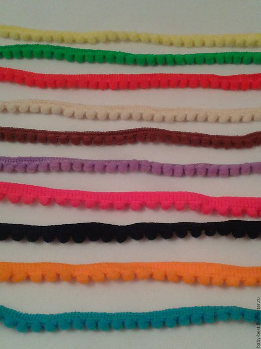 Цвет малиновый, сиреневый, очень светлый беж, жёлтый, тёмно-синий, коричневый, зелёный, красный, оранжевый. Цена 50 руб/ярд