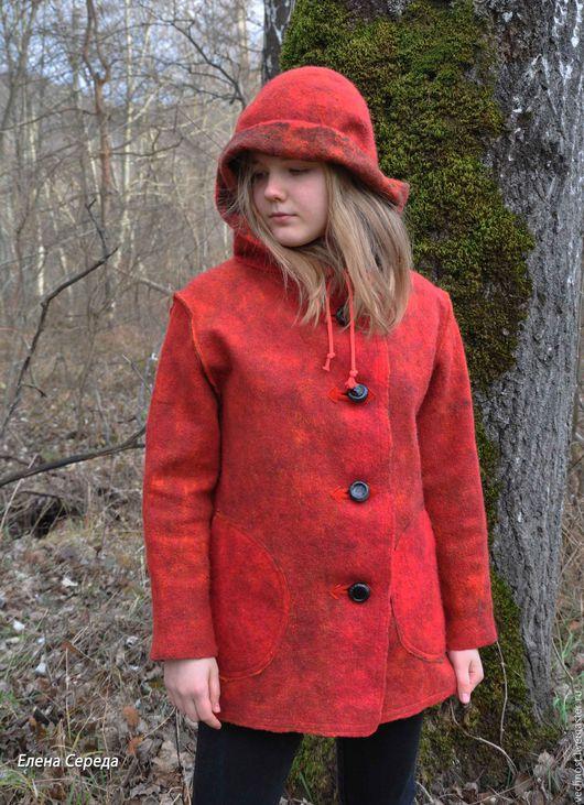 """Верхняя одежда ручной работы. Ярмарка Мастеров - ручная работа. Купить Валяное пальто """"Ягодка"""". Handmade. Пальто, Валяние"""