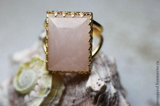 Кольца ручной работы. Ярмарка Мастеров - ручная работа. Купить Прямоугольное кольцо с розовым кварцем. Handmade. Розовый, прямоугольное кольцо