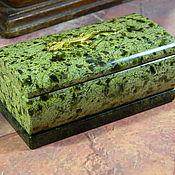 Сувениры и подарки handmade. Livemaster - original item Copper mountain jewelry box made of serpentine,Ural. pcs. Handmade.