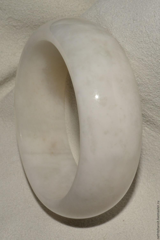 """""""Небо"""" белый нефритовый браслет"""