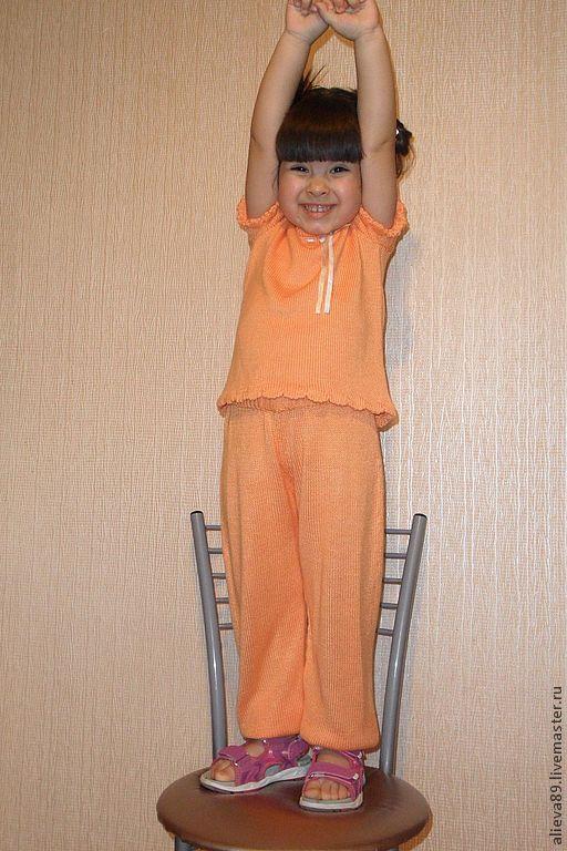 """Одежда для девочек, ручной работы. Ярмарка Мастеров - ручная работа. Купить Вязаный костюм для девочки """"Апельсинка"""". Handmade. Оранжевый, комплект"""