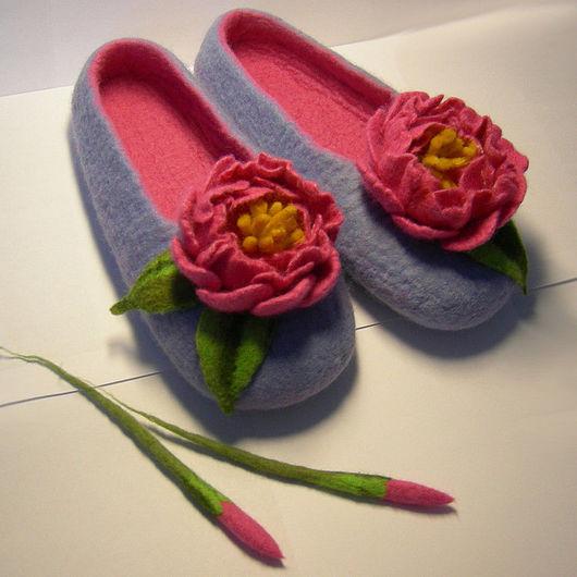 """Обувь ручной работы. Ярмарка Мастеров - ручная работа. Купить Валяные тапочки """"Шик"""" (женские). Handmade. Валяные тапочки"""