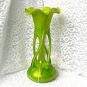 Винтаж handmade. Livemaster - original item The Chartreuse vase,Bohemia,Czech Republic,iridescent glass,collectible,gift. Handmade.