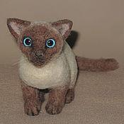 Куклы и игрушки ручной работы. Ярмарка Мастеров - ручная работа Тайская кошка Весси. Handmade.