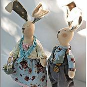 Куклы и игрушки ручной работы. Ярмарка Мастеров - ручная работа Игрушка в стиле Тильда Пара Зайцев респектабельная. Handmade.