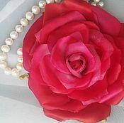 Украшения ручной работы. Ярмарка Мастеров - ручная работа Цветок роза красная коралл Страстная Кармен шелк брошь, заколка. Handmade.