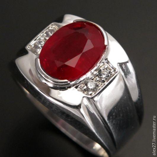 Кольцо рубин (2,04 ct.), сапфиры, р.18,4 серебро 925