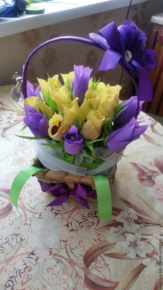 """Букеты ручной работы. Ярмарка Мастеров - ручная работа. Купить Букет в корзине из конфет """"Кокетка"""". Handmade. Фиолетовый, цветы из бумаги"""