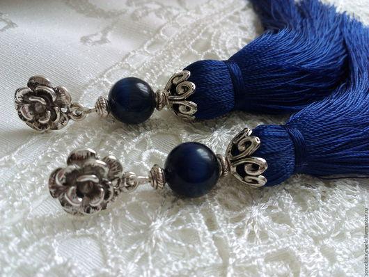 """Серьги ручной работы. Ярмарка Мастеров - ручная работа. Купить Серьги кисти """"Индиго"""". Handmade. Тёмно-синий, стильное украшение"""