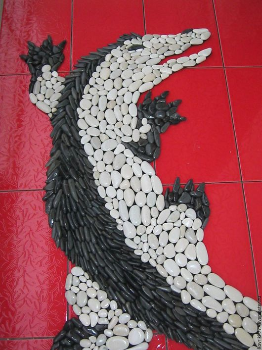 Каменный коврик `Крокодил` Размер 90х50 см Цена 20000 руб.