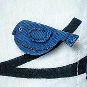 """Украшения ручной работы. Ярмарка Мастеров - ручная работа Брошь """"Blue bird"""", имитация джинсы. Handmade."""