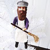 Подарки к праздникам ручной работы. Ярмарка Мастеров - ручная работа Ватная елочная игрушка - Дворник. Handmade.