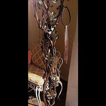 """Мебель ручной работы. Ярмарка Мастеров - ручная работа Кованая вешалка """"Интеллигент"""". Handmade."""