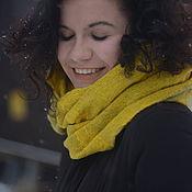 Шарф снуд, шарф-труба  объемный шарф желтый