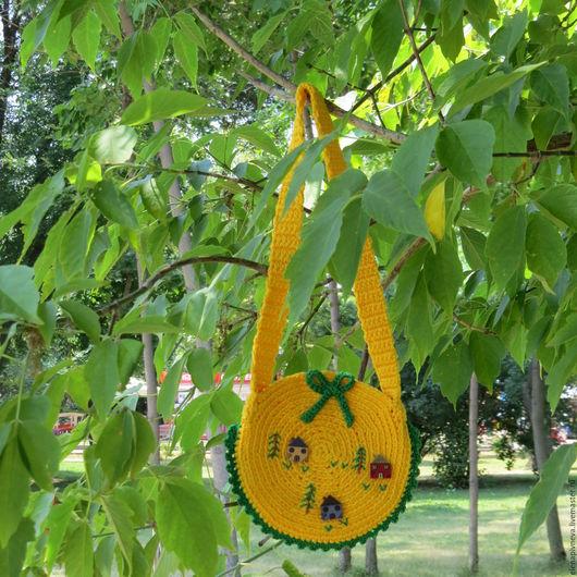 Детские аксессуары ручной работы. Ярмарка Мастеров - ручная работа. Купить Сумка жёлтая детская  вязаная Весёлые домики. Handmade.