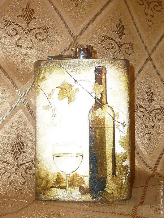 """Подарки для мужчин, ручной работы. Ярмарка Мастеров - ручная работа. Купить Фляжка """"Бокал вина"""". Handmade. Оливковый, виноград, декупаж"""